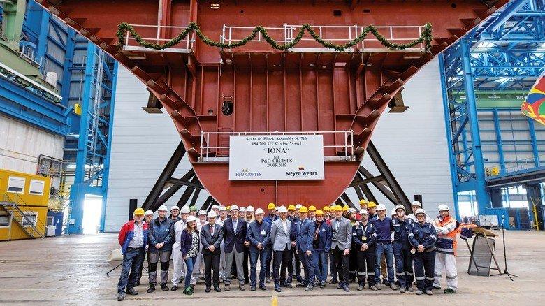"""Kiellegung der """"Iona"""": Das Schiff soll im Frühjahr 2020 übergeben werden."""