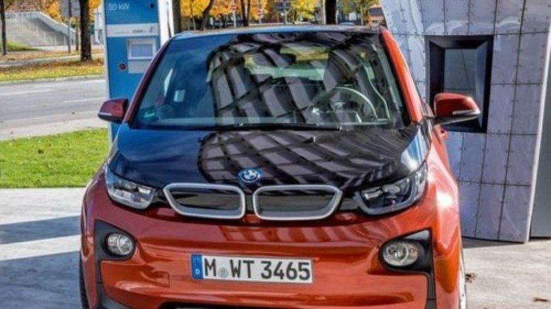 E-Flitzer mit Karbonkarosserie: BMW motzt den Akku des i3 auf. Foto: Mauritius