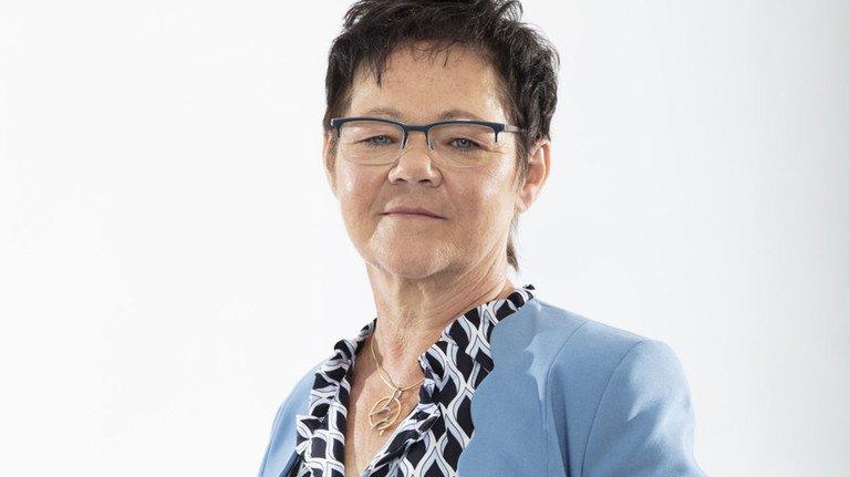 """Siegrid Sommer, Geschäftsführerin von Günther Heisskanal ins Frankenberg, setzt als """"Frau der Technik"""" Impulse bei der Entwicklung und Verbesserung von Produkten und Prozessen."""