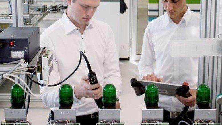 Forschung in der Industrie: In Deutschland ist sie steuerlich nicht begünstigt – im Ausland schon. Foto: dpa