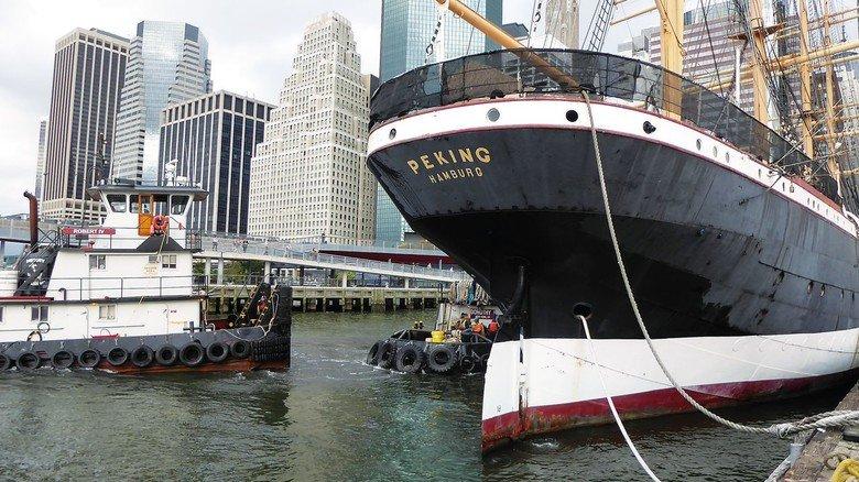 """Liegeplatz in den USA: Fast 30 Jahre lang diente die """"Peking"""" als Museumsschiff in New York."""