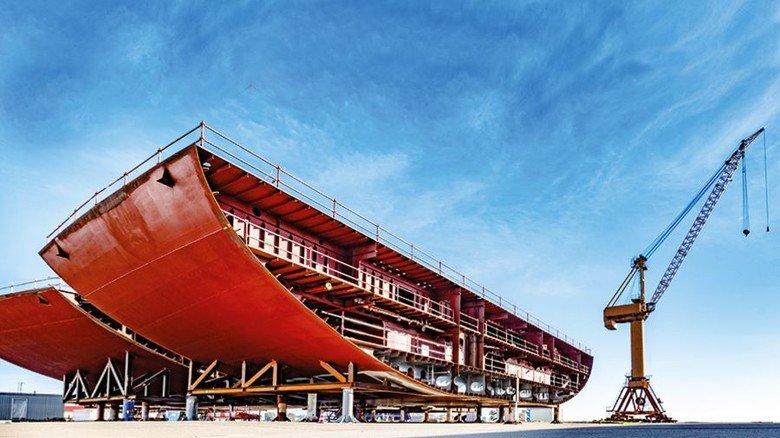 Bauteil: Das Schiff wird aus vorgefertigten Modulen zusammengesetzt. Foto: Sebastian Krauleidis/MV Werften