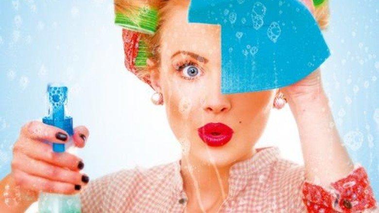 Blitzeblank:  Die Dame putzt. Und wo steckt der Kerl? Foto: iStock