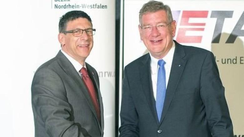Einig in NRW: IG-Metall-Bezirksleiter Knut Giesler (links) und Arbeitgeberpräsident Arndt G. Kirchhoff. Foto: Straßmeier