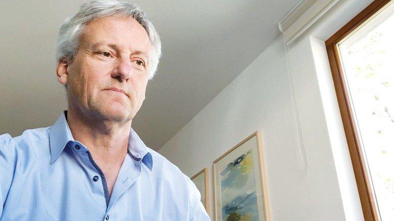Im Homeoffice: Roche-Werkleiter Martin Haag hat auch von zu Hause aus die Klimaziele des Standorts im Blick.
