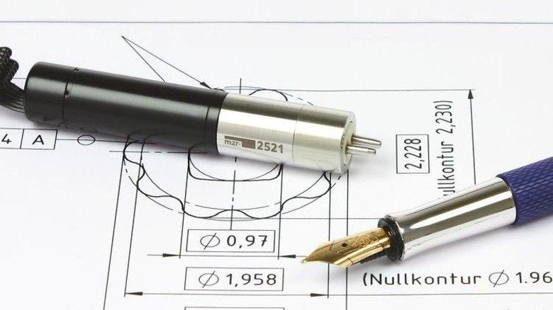 Hohe Präzision: Die Niederdruck-Pumpe mzr-2521 ist nur 7,5 Zentimeter lang. Foto: Werk