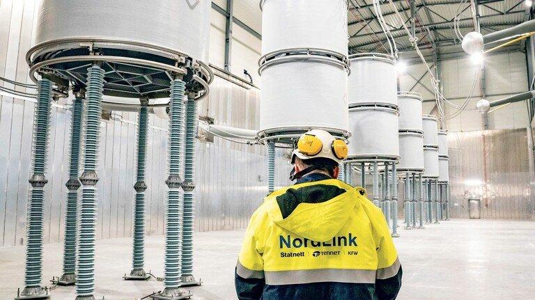 Angekommen: In Wilster (Schleswig-Holstein) wird der Strom aus Norwegen ins deutsche Netz eingespeist.
