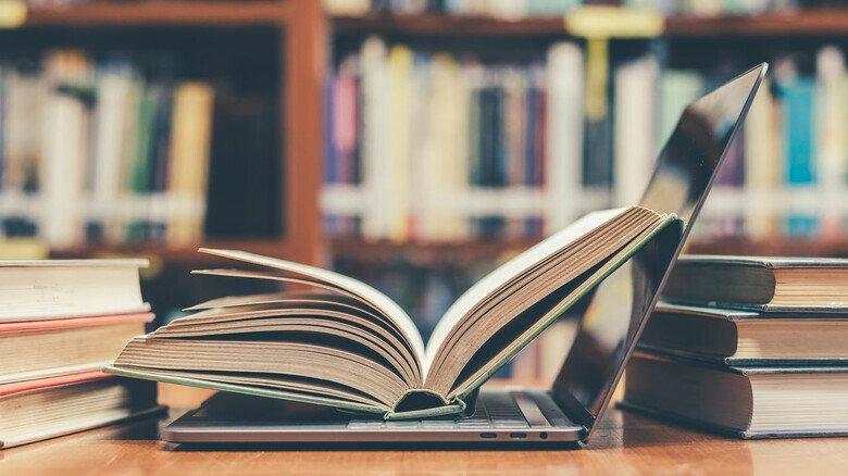 Neues Wissen aufnehmen: Um eine Weiterbildung zu machen, kann es sich lohnen, unbezahlten Urlaub zu nehmen.