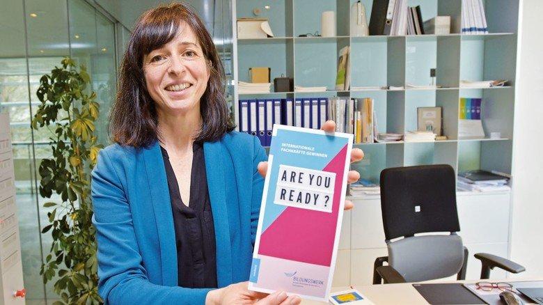Sie rekrutiert für Unternehmen Fachkräfte im Ausland: Sandra Megahed.