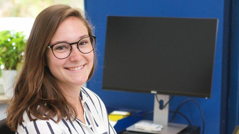 """Lea Nortmann, Auzub""""ildende zur Industriekauffrau bei  KKT in Osterode: Ich habe mich gleich pudelwohl gefühlt."""""""