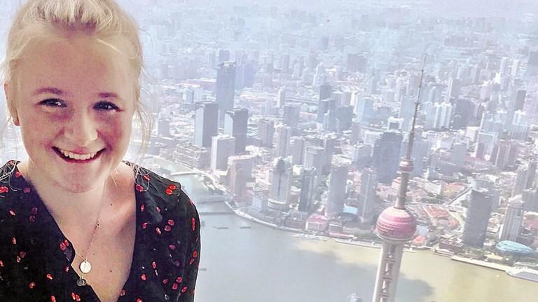 Unvergessliche Erlebnisse: Tamara Lorenz auf dem Schanghai-Tower ...