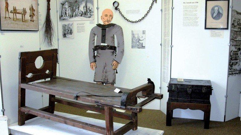 Blick in dunkle Zeiten: Auf dem Prügelbock wurden Gefangene körperlich gezüchtigt.