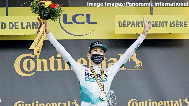 Lennard Kämna jubelt: Sein Etappensieg 2020 war der Höhepunkt für den deutschen Radsport.