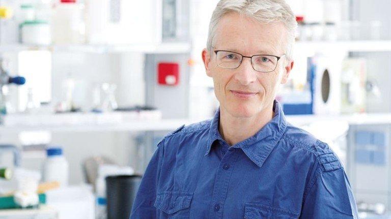 Karsten Mäder entwickelt neue Arzneiformen. Er hätte gerne mehr Kooperationen mit regionalen Pharmafirmen. Foto: Deutsch