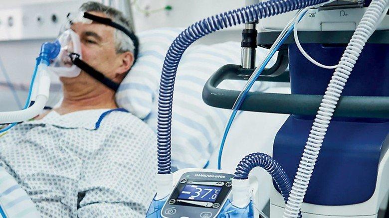 Lebensrettend: Für Tausende von Beatmungsgeräten hat BIW Isolierstoffe kurzfristig die Schläuche geliefert.