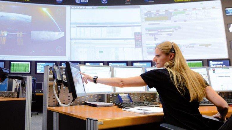 Alles unter Kontrolle: In Oberpfaffenhofen wird der Betrieb des Labors überwacht. Foto: DLR