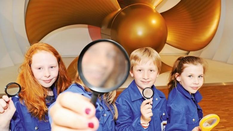 Kleine Forscher, große Propeller: Am Ferienprogramm der Papenburger Meyer Werft nahmen zahlreiche Schüler teil. Foto: Werk