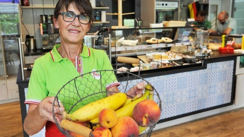 Im Bistro: Heidi Gaiser bietet eine gesunde Auswahl an Speisen an. Foto: Sigwart
