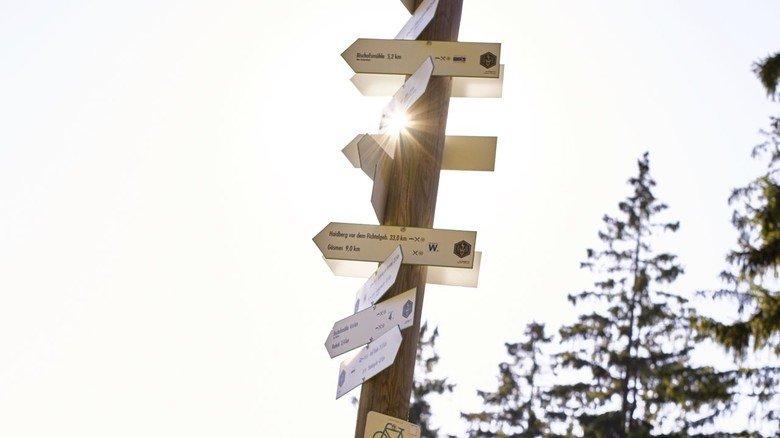 Zu Fuß unterwegs: Viele Wege führen durch den Frankenwald.