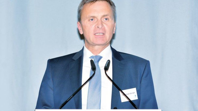… und Hans-Jürgen Döringer, Vorsitzender von AdCapital. Foto: Scheffler