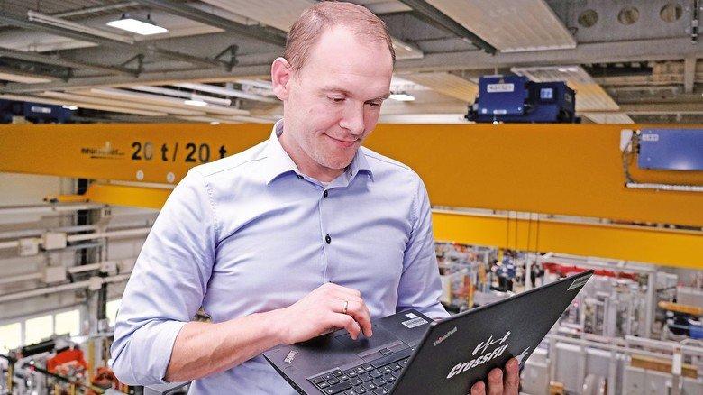 """Ausgezeichnet: Mit seiner ersten Erfindung, dem """"Call Button"""", gewann Daniel Biefeld einen internen Ideenwettbewerb bei ZF."""