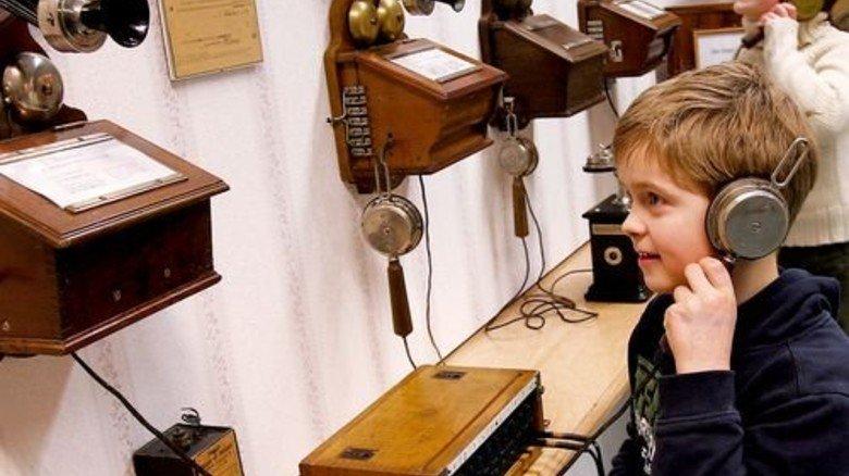 Richtig verbunden? Blick in das Bochumer Telefonmuseum. Foto: Leitmann