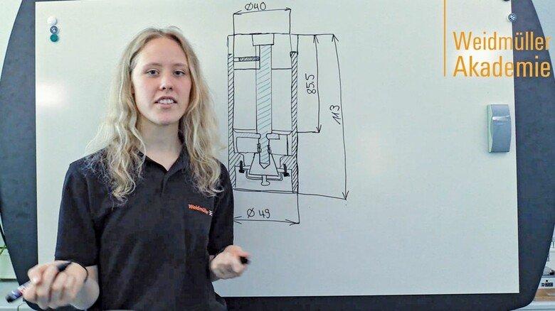 Vor der Kamera: Laureen Peters wirbt für den Beruf der Produktdesignerin.