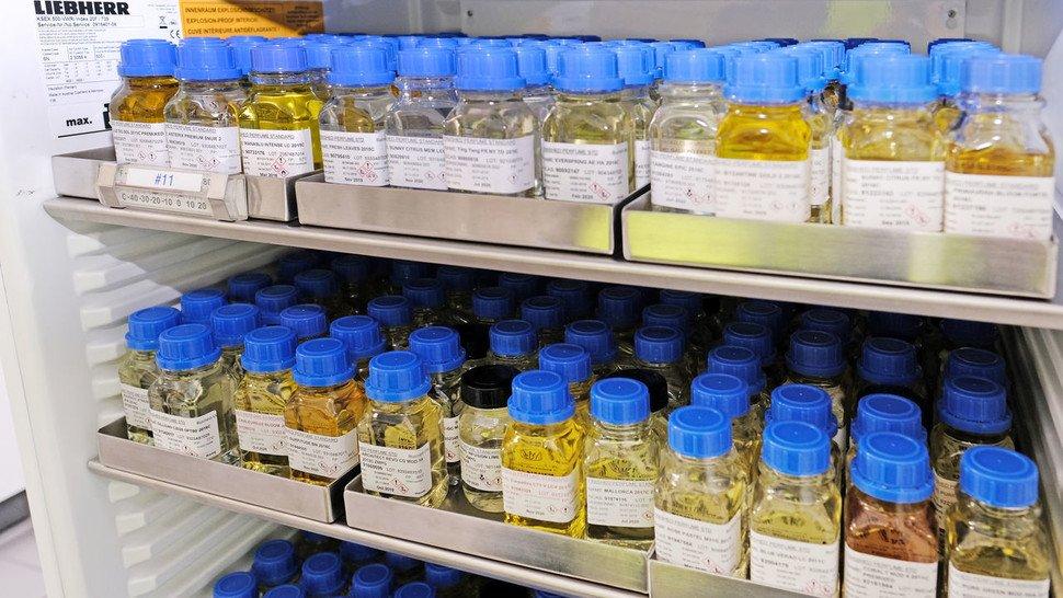 Standards: Die Rezeptur eines jeden Parfüms kommt von Parfümeuren am Standort Brüssel.