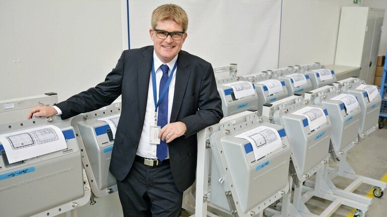 """""""Für jedes Gas können wir das richtige Analysegerät entwickeln"""", sagt Dr. Ralf Noetzel, Standortleiter in Hasselroth."""