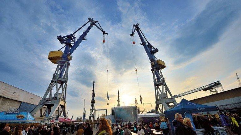 Coole Location: Das Werftgelände von Blohm+Voss wird wieder zur Bühne für mehrere Elbjazz-Konzerte. Foto: Elbjazz