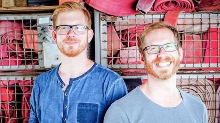 Erfolgsteam: Martin Klüsener (links) mit Bruder Robert. Foto: Feuerwear