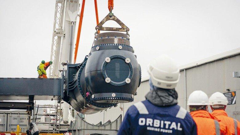 Herzstück der Anlage: Die Turbine wird später mit Rotoren bestückt, die sich um 360 Grad drehen lassen. Das sorgt für einen maximalen Wirkungsgrad.