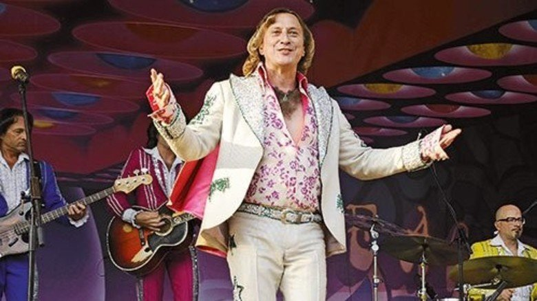 Singende Föhnwelle: Dieter Thomas Kuhn ist ein starker Publikumsmagnet. Foto: dpa