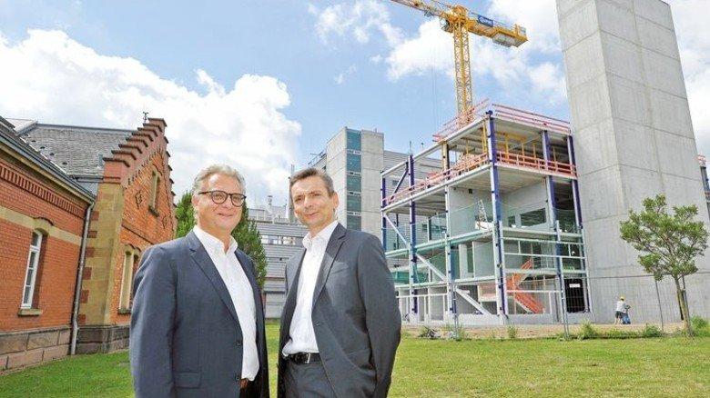 Gut aufgestellt: Die Geschäftsführer Joachim Hofmann (links) und Josef Berghofer. Foto: Sigwart