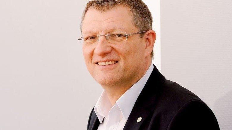 """""""Im Orientierungsjahr können die Teilnehmer testen, was zu ihnen passt."""" Dirk Pfenning, Ausbildungskoordinator bei Bayer. Foto: Wirtz"""