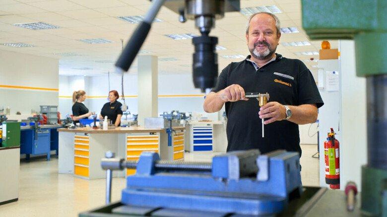 Freut sich auf die Praxis: Trainer Jörg Schachtler unterrichtet bei Conti in Waltershausen bald von Angesicht zu Angesicht.