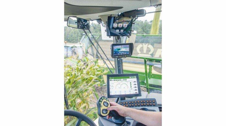 Digitalisiertes Cockpit: Der Fahrer hat alle Daten im Blick.