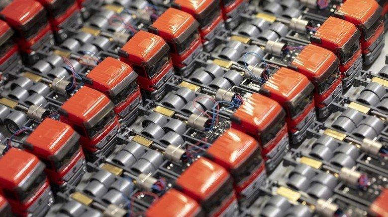 Raffiniert: In den Miniatur-Autos stecken sechs Jahre Entwicklungszeit. Foto: Eppler