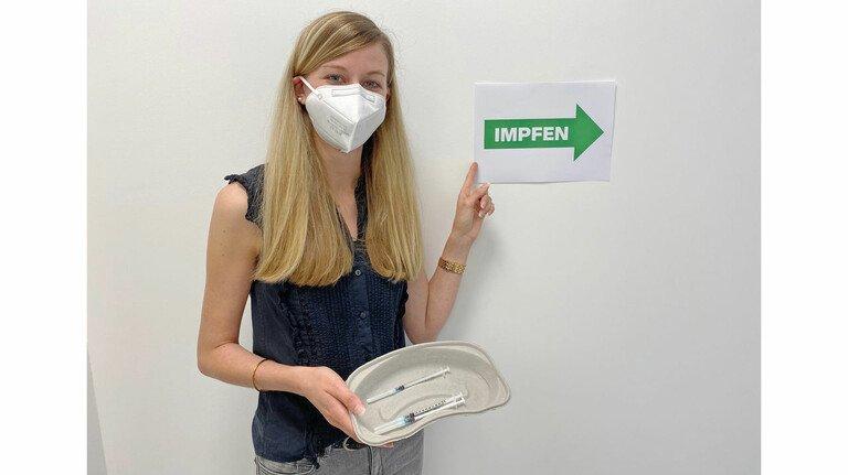 Hofft auf baldige Rückkehr zur Normalität: Linda Kiefer aus dem Gesundheitsmanagement von Hansgrohe. Das  Unternehmen organisiert mehrere Impfaktionen.