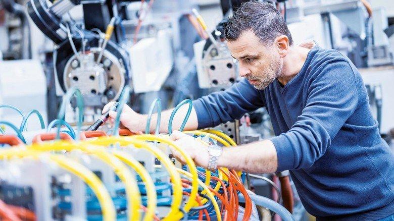 Know-how 1: Im Profine-Werkzeugbau entstehen die Kaliber, durch die die PVC-Masse im Extruder gezogen und so in Profilform gebracht wird.