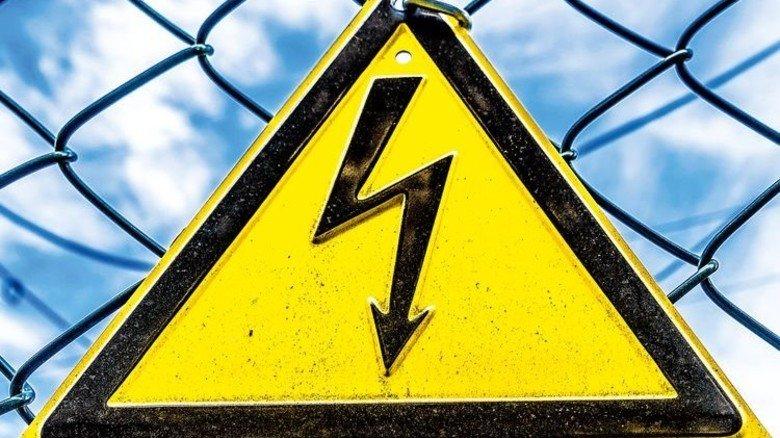Spannungsgeladen: Energiepolitik bringt Firmen in Bedrängnis. Foto: Fotolia
