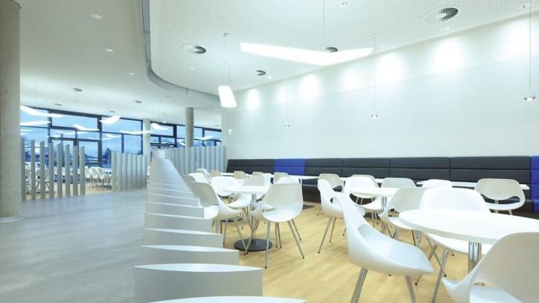 Austausch erwünscht: Das Forschungszentrum soll Fachleute aus allen Bereichen der Luftfahrtbranche zusammenbringen. Foto: Werk