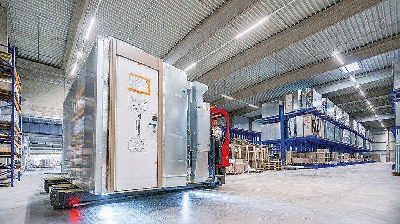 Effiziente Produktion: Die Kabinen für die großen Kreuzfahrtschiffe werden von der Tochterfirma MV Werften Fertigmodule zugeliefert.