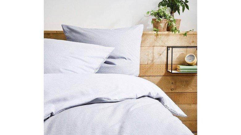 Flauschig und kuschelig: Die Bettwäsche wurde bei einem Kunden mit dem recycelten Garn gewebt.
