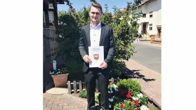 Freut sich über seinen guten Abschluss: Marcel Hein beendete die Technikerausbildung mit der Note 1,4.