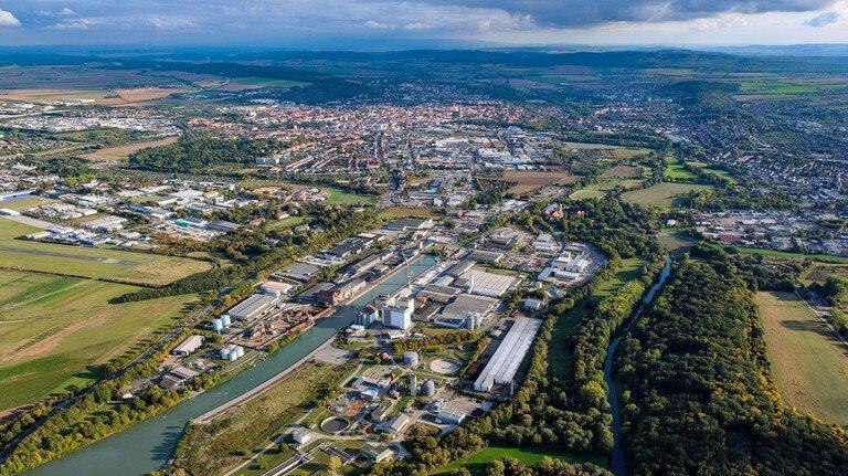 Industrie-Standort: Rund um den Hafen Hildesheim sind viele Unternehmen angesiedelt. Sie profitieren von der Verkehrs- und Technik-Infrastruktur.