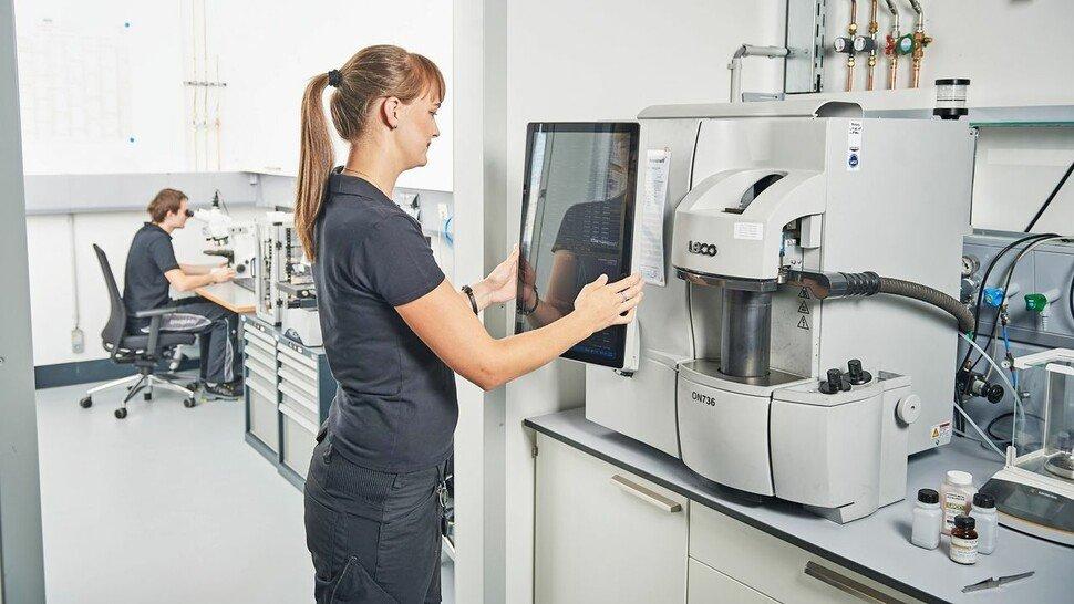 Toolcraft: Auf die meisten seiner Beschäftigten kann das Unternehmen nur in Ausnahmefällen im betrieblichen Arbeitsalltag verzichten.