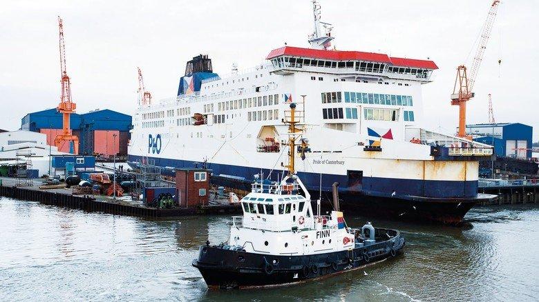 """Großer Auftrag: Die 179 Meter lange Ärmelkanal-Fähre """"Pride of Canterbury"""" kam im Februar 2019 nach Emden."""