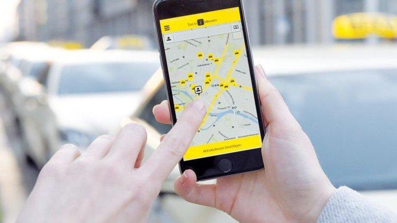 Ordern per Knopfdruck: Apps übermitteln dem Taxi gleich den Standort. Foto: dpa