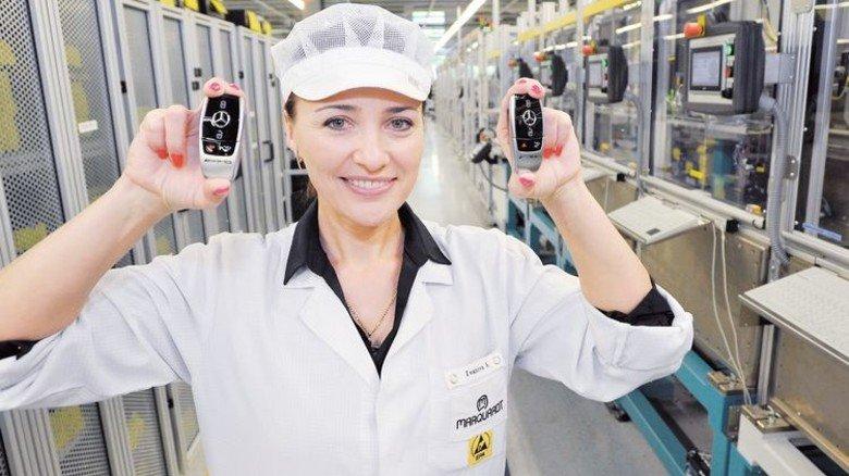 Am Ziel: Aljona Ivanova steuert die Fertigung von Autoschlüsseln. Foto: Sigwart